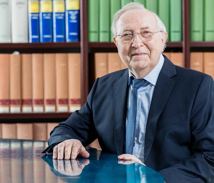 Rechtsanwalt für Erbrecht Hartmut Zantke